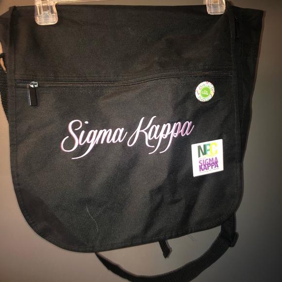 022ebbc8e8 Sigma Kappa Laptop Bag. M_5af8b4a1739d48abddac6063.  M_5af8b4a68af1c5f11b78f4d3. M_5af8b4ab2ae12ff109f712fd